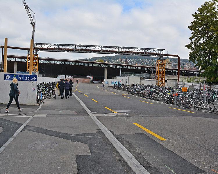 Zwischen Sihlpost und Gleis 3 des Hauptbahnhofs Zürich