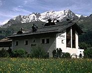 Hotel Chesa Grischa AG